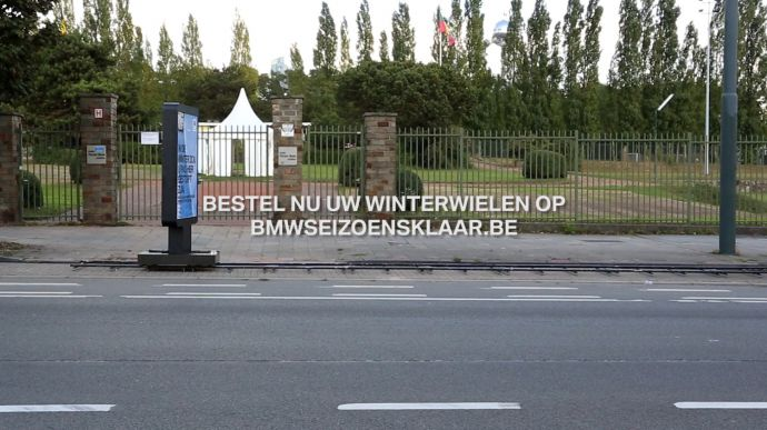 the-moving-billboard-nl00-01-20-18still038
