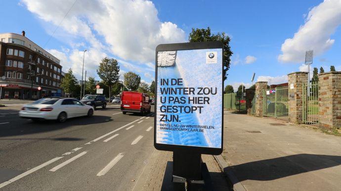 the-moving-billboard-nl00-02-15-14still017